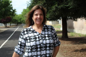 Bonnie Lind – Clovis Volunteer of the Year